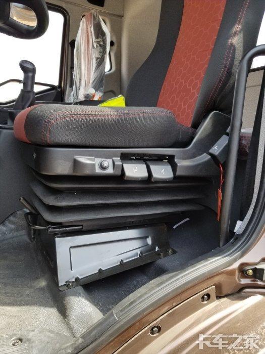 18款j6l气囊座椅怎么调节软硬图片