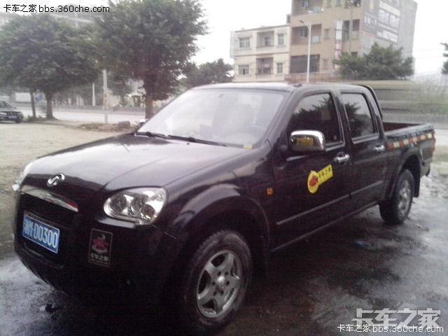车型:长城风骏3,机头是长城的自主品牌:GW2.8TC