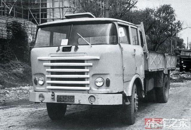 黄河汽车_原来上海也造过仿斯柯达706RT的8吨平头卡车 _ 卡车之家论坛