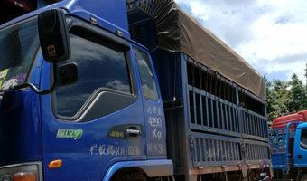 多图:泥泞的路勇敢的心 我在老挝开卡车