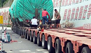 大件运输162个轮胎助卡友一臂之力卡车之家论坛